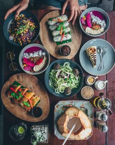 Nude Cafe in Canggu, Bali - perfect vegan food flatlay for Food Design, Don Pollo, Bali Restaurant, Fairy Food, Food Flatlay, Food Porn, Vegan Cafe, Eat This, Vegan Recipes