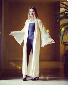 Cream abaya with pocket by OC fashion design