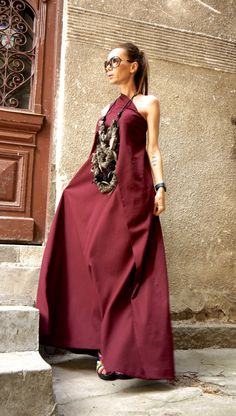 NEW 2016 Hot Burgundy Maxi Dress Kaftan Linen Dress / by Aakasha Unique Dresses, Formal Dresses, Estilo Hippie Chic, Burgundy Maxi Dress, Runway Fashion, Fashion Outfits, Dress First, Party Dress, Tunic Tops