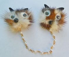VTG.  Fur Ca/ Foxt Face- Google Eye- Sweater Guard Clip- Brooch-Pin- Pearl Chain