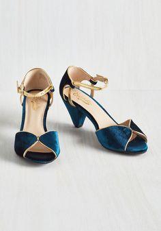Seychelles Curiosity Heel in Sapphire Velvet | Mod Retro Vintage Heels | ModCloth.com