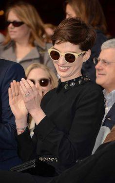www.pixie-cut.com wp-content uploads 2017 03 12.Anne-Hathaway-Pixie-Haircut.jpg