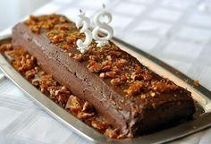 Grillázsos mogyorótorta csokikrémmel | NOSALTY – receptek képekkel