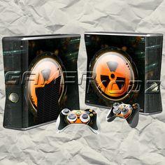 Duke Nukem XBOX 360 Skin Set - Console with 2 Controllers