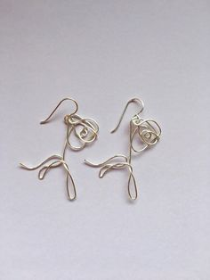 BTS Love Yourself Flower Wire Earrings - Etsy - . Informations About BTS Liebe dich Bts Earrings, Wire Earrings, Diamond Earrings, Korean Earrings, Earrings Handmade, Diamond Stud, Flower Earrings, Diamond Jewelry, Handmade Jewelry