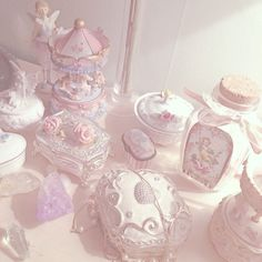 Pin by charlotte bunnett ♡ on vintage beauty xx pink aesthetic, princess ae Angel Aesthetic, Aesthetic Grunge, Aesthetic Vintage, Aesthetic Pastel Pink, Pastel Art, Pastel Colors, Pastels, Couleur Rose Pastel, Bel Art