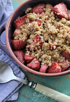 Gluten-Free Goddess Recipes: Gluten-Free Strawberry Rhubarb Crisp-Crumble