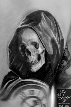 #tattoo #tatuaggi #napoli #naples #gianlucaferrarotattoo #italy #tattedup #realistic #tatuatori #art #passion #love #happy #like #fineart #bodyart #atwork #realismo #ink #beautiful #freehand #arte #artist #tatuatore #tatts #inkedup #photooftheday #tattoist #tagsforlikes #greenglide #tat #tat2 #tattooitalia #tattoonaples #tatuatorinapoli #realismtattoo #tatuaggibiancoenero #tattooblackandgray #blackandgrey #portrait #ritratti #deathtattoo #mortetattoo #macabretattoo #skulltattoo…