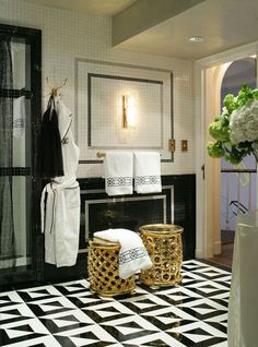 Black White And Gold Bathroom