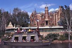 Mike Fink Keel Boats were small boats that navigated the Rivers of America at the Magic Kingdom.  They were closed 4/29/2001.