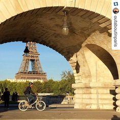 Paris  | #citytour #turismonafrança #wparistours #guiaemparis  www.wparistours.com  photo by #outaboutinparis