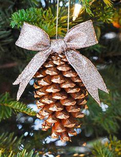 DIY: Gold PInecone Ornament