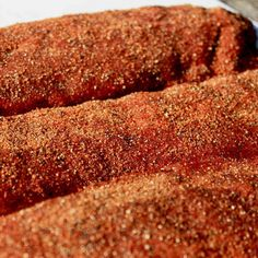 This Kansas City Rib Rub Recipe Adds Loads of Flavor To Your Pork Ribs This Kansas City rib rub recipe is sweet, spicy and tastes great. Paprika and brown sugar are the main ingredients, with spices adding complexity. Smoked Ribs Rub, Bbq Rib Rub, Rub For Pork Ribs, Bbq Ribs, Dry Rub Ribs, Best Rub For Ribs, Bbq Pork Rub, Pork Rib Marinade, Pulled Pork Rub