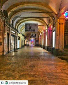#Repost umbertogibello  #inTO di Piazza San Carlo. #Torino #Turin