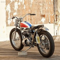 If there's a growing trend in custom motorcycles today, it's towards street trackers: road-legal versions of the flat track bikes that raced in the and With small tanks, wide bars and fat tires, they're good-looking bikes stripped down to the Flat Track Motorcycle, Tracker Motorcycle, Moto Bike, Cool Motorcycles, Triumph Motorcycles, Vintage Motorcycles, Motos Vintage, Vintage Bikes, Street Tracker