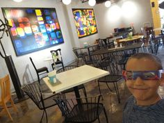 A wee Feaster checking out the #abstract #art by @KWA_US #original #colorful