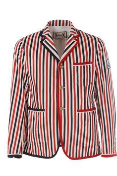 Moncler apresenta sua Nova Coleção Masculina Outono/Inverno 2015/16. Vários modelos de Camisetas, Calças e Jaquetas de Inverno em até 12x nos principais cartões.