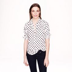 J. Crew polka dot popover J. Crew polka dot popover top, worn once. The popover—for when you don't feel like dealing with all those extra buttons. Cotton. Button placket. Functional buttons at cuffs. Chest pocket. Machine wash. Import. J. Crew Tops Button Down Shirts