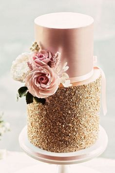 Gold & Pink Wedding Cake By Mama Cake Iced Wedding Cake Buttercream Royal Icing Elegant Wedding Cakes From Top UK Wedding Cake Makers RMW The List Recommended By Rock My Wedding Uk Wedding Cakes, Wedding Cake Maker, Elegant Wedding Cakes, Beautiful Wedding Cakes, Beautiful Cakes, Trendy Wedding, Rustic Wedding, Copper Wedding, Elegant Cakes