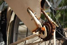 #Bike #Trastevere #ViaGaribaldi #Spring #Rust #White #bicycle