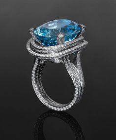 Jack du Rose Aquamarine Concentric ring in white gold with 17.38ct Aquamarine and 3.297ct diamond