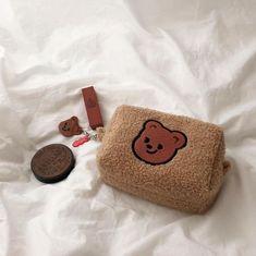 Korean Aesthetic, Brown Aesthetic, Aesthetic Girl, Cute Wallets, Accesorios Casual, Kawaii Shop, Cute Bags, Cartoon Styles, Cosmetic Bag