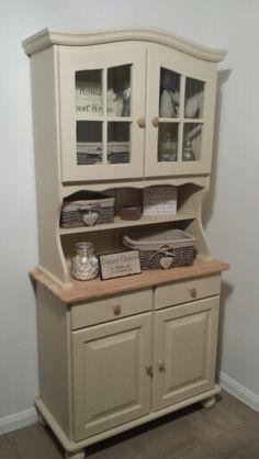 Dresser in Annie sloan old Ochre