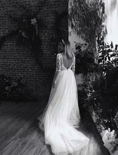 Available to try in Sydney and Melbourne #wedding #australianwedding #melbournebride #sydneybride #bohobride #bride #ausbride #australianbride #rusticwedding #realbride #weddinginspiration #weddingphotographer #melbourne #sydney #elopement  #covidwedding Spring Wedding, Wedding Day, Bridal Gowns, Wedding Dresses, Bridal Fashion Week, Davids Bridal, Wedding Vendors, Bridal Style, Getting Married