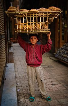 Egypt, Bread Boy Cairo | ©2014 John Galbreath