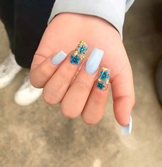 30 beautiful flower nails design ideas You worth trying – Page 21 Baby Nails, Aycrlic Nails, Hair And Nails, Cute Spring Nails, Cute Nails, Pretty Nails, Blue Acrylic Nails, Summer Acrylic Nails, Yellow Nails