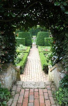 Hidcote garden (28)