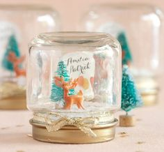 Here we have great and attractive 10 DIY Christmas Snow Globes - Fun & Easy Kid's Craft Ideas for you that you can easily make at home. Kids will surely enjoy these snow globes a lot so try doing Baby Food Jar Crafts, Baby Food Jars, Crafts For Kids, Baby Crafts, Kids Diy, Diy Snow Globe, Christmas Snow Globes, Christmas Crafts, Xmas