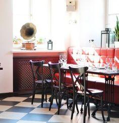 Restauracja ZaKładka Food&Wine to francuskie bistro, które oferuje nie tylko pyszne potrawy ale także świetną atmosferę.