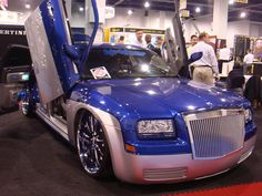 Research New and Used Cars Chrysler 300 Srt8, Chrysler 300s, Custom Wheels, Custom Cars, Custom Motorcycles, Cars And Motorcycles, Chrysler 300 Convertible, Good Looking Cars, Teddy Bear Pictures