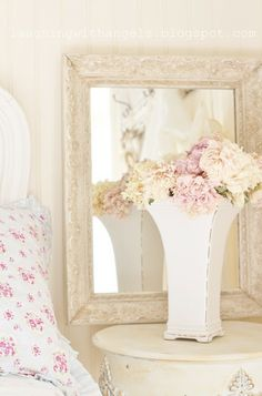 Shabby Chic vase and picture frame http://www.whitepetalsandpearls.com