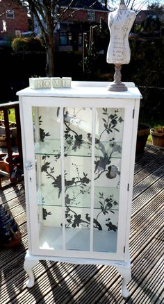 VINTAGE SHABBY CHIC DISPLAY CABINET, ANNIE SLOAN, FRENCH STYLE FURNITURE