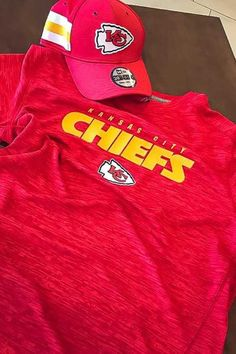 cc7fa274f77 Majestic Kansas City Chiefs Red Ultra-Streak Short Sleeve T Shirt - 17255515