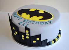 10 Amazing Kids Birthday Cakes Based on Movies - In The Playroom