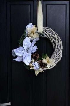 Wieniec świąteczny na Boże Narodzenie, Wianek na drzwi świąteczny Kraków - image 1