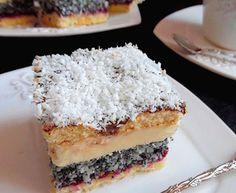 """Rewelacyjne ciasto o niechlubnej. nazwie """"Pijak"""" na puszystym biszkopcie z aksamitną masą budyniową, genialną warstwą kokosowo makową, orzeźwiającą, przełamującą słodkość konfiturą porzeczkową i okrągłymi biszkopcikami polanymi czekoladą to wyjątkowy wypiek łączący wiele smaków które jako całość tworzą niezwykle smakowite ciasto Tiramisu Cupcakes, Food Cakes, Cake Recipes, Cheesecake, Cakes, Easy Cake Recipes, Kuchen, Cheesecakes, Cherry Cheesecake Shooters"""