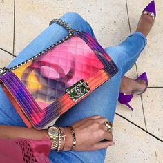 Chanel handbags are always gaining a great impression on most of the ladies' faces. Whenever we sow Chanel bags on stores or receiving it as a birthday gift, Chanel Handbags, Fashion Handbags, Purses And Handbags, Fashion Bags, Chanel Bags, Designer Handbags, Chanel Purse, Designer Bags, Fendi