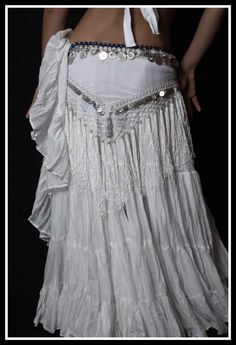 i love to bellydance! must be my syrian roots. ;D