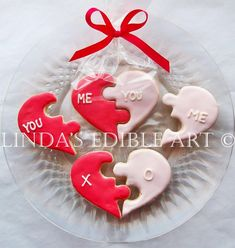 Cool Valentine's cookies: Puzzle heart cookies by Linda's Edible Art on Etsy