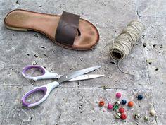 Hoe maak je je eigen Gladiator sandalen  #eigen #gladiator #sandalen Lifestyle, Sandals, Shoes, Fashion, Gladiator Sandals, How To Make, Moda Femenina, Gladiators, Moda