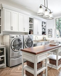 Best 20 Laundry Room Makeovers - Organization and Home Decor Laundry room organization Laundry room decor Small laundry room ideas Farmhouse laundry room Laundry room shelves Laundry closet Kitchen Short People Freezer Shiplap Laundry Craft Rooms, Mudroom Laundry Room, Laundry Room Cabinets, Farmhouse Laundry Room, Small Laundry Rooms, Laundry Room Organization, Laundry Room Design, Diy Cabinets, Mud Rooms