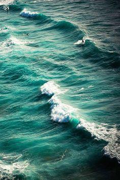 waves / ocean / blue