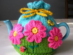 cosy, flower garden, knitting, crochet,A craft blog about tea cosies, knitting, crochet, stitching, vintage collecting, free tea cosy & toy patterns. Brisbane Australia, teapot, cozy.