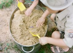 Cute ideas for a dinosaur/ dig party. Could hide bubbles in sand for them to dig out.