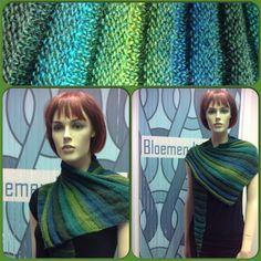 *15157* Een kunstwerk van een klant!. Het blijft een leuk patroon waar je elk verloopgaren voor kunt gebruiken. Omdat dit een shawl is die ook voor de zomer geschikt is zouden wij bijv. de Jawoll Magic aanbevelen: http://bloemendalwol.nl/lang-yarns/179-lang-jawoll-magic.html Meer info over het patroon;http://www.ravelry.com/projects/bloemendalwol/frangiflutti