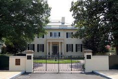 Governor's Mansion, Richmond, Virginia (VA)    Front entrance to the Governor's mansion in Richmond, VA.